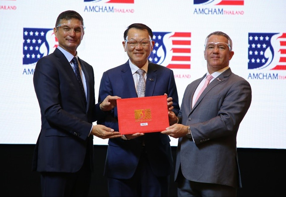"MQDC Receives ""Gold"" CSR Award from AMCHAM"